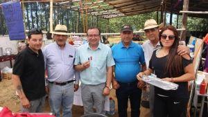 PúBLICO LLEGÓ EN GRAN CANTIDAD A FERIA COSTUMBRISTA DEL SECTOR LOS JUNQUILLOS